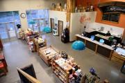 Le comptoir laitier de la Fromagerie Boivin, à... (Photo Jeannot Lévesque, archives le quotidien) - image 1.1