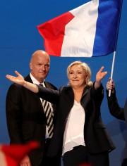 Marine Le Pena appelé les Français à «faire... (Photo Charles Platiau, Reuters) - image 2.0