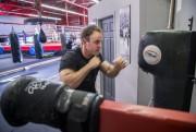 Massothérapeute sportif au centre d'entraînement physique Pro Gym,... (PHOTO MARTIN TREMBLAY, LA PRESSE) - image 1.0