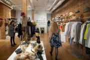 Dans la boutique Harricana, au 416, rue McGill... (Photo Marco Campanozzi, La Presse) - image 2.0