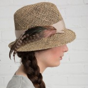 Chapeau de paille avec des plumes, Canadian Hat,... (photo fournie par Canadian Hat) - image 3.0