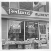 La devanturedu magasin de Saint-Sauveur... (fournie par la famille Ferland) - image 3.0