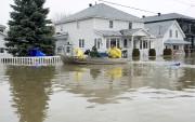 À Gatineau, 411 résidences ont été évacuées et... (La Presse canadienne, Adrian Wyld) - image 4.0