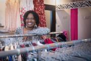 Diane Kiendrébéogo a repris la boutique d'accessoires et... (PHOTO CATHERINE LEFEBVRE, COLLABORATION SPÉCIALE) - image 1.0
