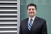 Hadi Ajab, planificateur financier au Centre financier Carrefour... (PHOTO ALAIN ROBERGE, LA PRESSE) - image 3.0