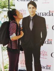 Une doublure en carton de Justin Trudeau... (tirée d'Instagram) - image 2.0