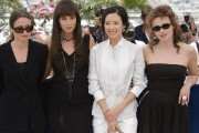 En 2006, Monica Bellucci (2e à gauche) fait... (Photo archives AP) - image 3.0