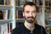 L'auteur Éric St-Pierre... (PHOTO ROBERT SKINNER, LA PRESSE) - image 2.0