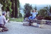 Clémentine Deroudille avec son grand-père en 1981... (photo fournie par FunFilm) - image 2.0