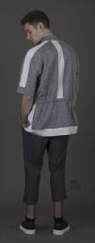 Chemise ample de lin chin gris bleu à... (fournie par Patrice Vouvet) - image 5.0