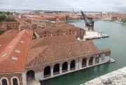 Vue aérienne de l'Arsenale où a lieu une... (Photo Andrea Avezzù, fournie par la Biennale de Venise) - image 2.0