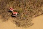 Les inondations à Saint-Placide, dans les Laurentides, le... (Photo Bernard Brault, Archives La Presse) - image 1.0