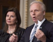 L'insulte à l'injure (Archives La Presse canadienne, Jacques Boissinot) - image 3.0
