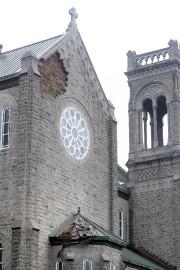 Les pierres sont tombées sur une toiture située... (Le Soleil, Jean-Marie Villeneuve) - image 2.0