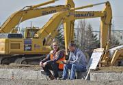 Des travailleurs en grève sur un chantier de... (Le Soleil, Patrice Laroche) - image 3.0