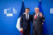 Emmanuel Macron et Jean-Claude Juncker.... (AFP) - image 2.0