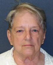 Les autorités soupçonnent Genene Jones, aujourd'hui âgée de... (AP, Texas Department of Criminal Justice) - image 1.0