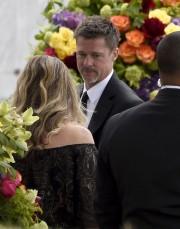 Brad Pitt figurait parmi les célébrités venues assister... (AP, Chris Pizzello) - image 1.0