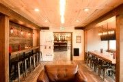 L'hôtel Lakehouse a aménagé une section bar où... (PHOTO BERNARD BRAULT, LA PRESSE) - image 5.0