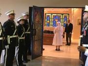 Les religieuses ont allumé des cierges ayant servi... (La Tribune, Marie-Christine Bouchard) - image 1.0