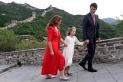 Le premier ministre Justin Trudeau, sa femme Sophie... (Photo Adrian Wyld, archives la presse canadienne) - image 3.0
