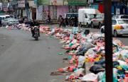 L'accumulation de déchets dans les rues augmente les... (PHOTO MOHAMMED HUWAIS, Archives Agence France-Presse) - image 1.0