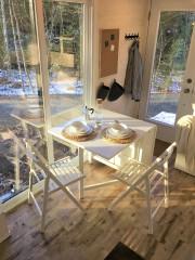 La table comporte deux panneaux. Ici, un seul... (Fournie par Catherine Tessier-Baillargeon) - image 2.0