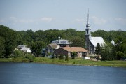 La vue du clocher, au sud-est, fait la... (Stéphane Lessard) - image 2.1