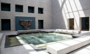 Le bassin d'eau de l'Atrium... (Simon Séguin-Bertrand, Le Droit) - image 7.0