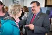 Le maire Denis Coderre était sur place pour... (PHOTO SIMON GIROUX, LA PRESSE) - image 1.0