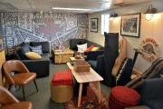 Un petit salon aux couleurs canadiennes dans le... (Patrice Laroche) - image 2.0