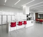 La cuisine et le salon sont à l'arrière,... (fournie par Stéphane Groleau) - image 2.0