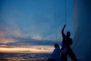 Juste avant le coucher du soleil, les équipiers... (PHOTO TRISTAN PÉLOQUIN, LA PRESSE) - image 4.0