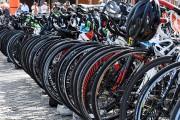Les cyclistes ont quitté peu après 18h, jeudi.... (Photo Le Quotidien, Rocket Lavoie) - image 3.1