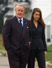 Brian Mulroney et sa fille Caroline en 2002... (Photo Jacques Boissinot, Archives la Presse canadienne) - image 1.0
