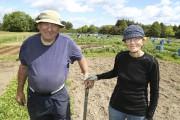 Lionel Maltère et Thérèse Fournier veillent quotidiennement au... (Janick Marois) - image 2.0
