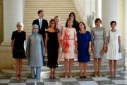 On remarque ici la robe courte (Louis Vuitton)... (PhotoYORICK JANSENS, archives BELGA/Agence France Presse) - image 1.0
