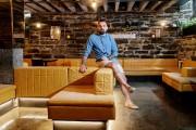 Thomas Vernis, propriétaire du nouveau restaurant Rockwood, une... (PHOTO ALAIN ROBERGE, LA PRESSE) - image 2.0