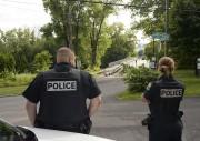 Les policiers de la Sécurité publique ont mené... (Sylvain Mayer) - image 1.0