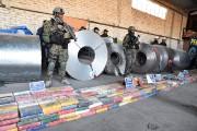 Lundi, les autorités argentines ont saisi une tonne... (PHOTO HORACIO CULACIATTI, TELAM/AGENCE FRANCE-PRESSE) - image 1.0