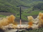 Le Hwasong-14 a été lancé mardi dans le... (AP) - image 3.0