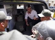 Le député d'opposition Armando Armas figure au nombre... (AFP) - image 2.0