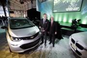 La Chevrolet Bolt 2017, une tout électrique, a... - image 5.0