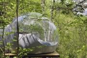 Les bulles, pour deux ou pour quatre, sont... (fournie par Canopée Lit) - image 4.0