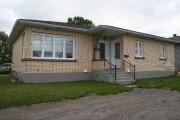 La maison, construite en 1955, garde bien son... - image 2.1