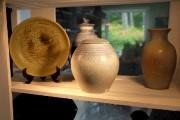 À l'aide de pierres, de coquillages, de corail,... (Alain Dion, La Voix de l'Est) - image 1.0