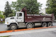 Le camion impliqué dans l'accident... (Photo Edouard Plante-Fréchette, La Presse) - image 2.0
