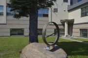 Ce monument commémoratif a été réalisé par cinq... (Photo Le Progrès, Louis Potvin) - image 2.0