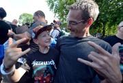 Jimmy, 11 ans, avec son père Yves Fournier... (Le Soleil, Erick Labbé) - image 3.0