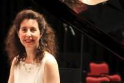 La pianiste Angela Hewitt... - image 8.0